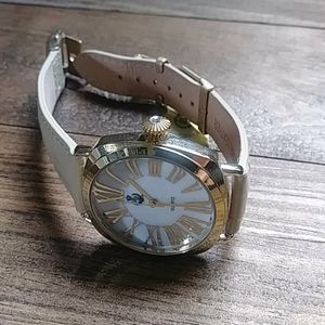 Premier Designs watch